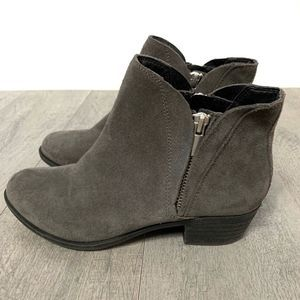Lucky Brand Women's Brenon Gray Suede Booties Sz 6